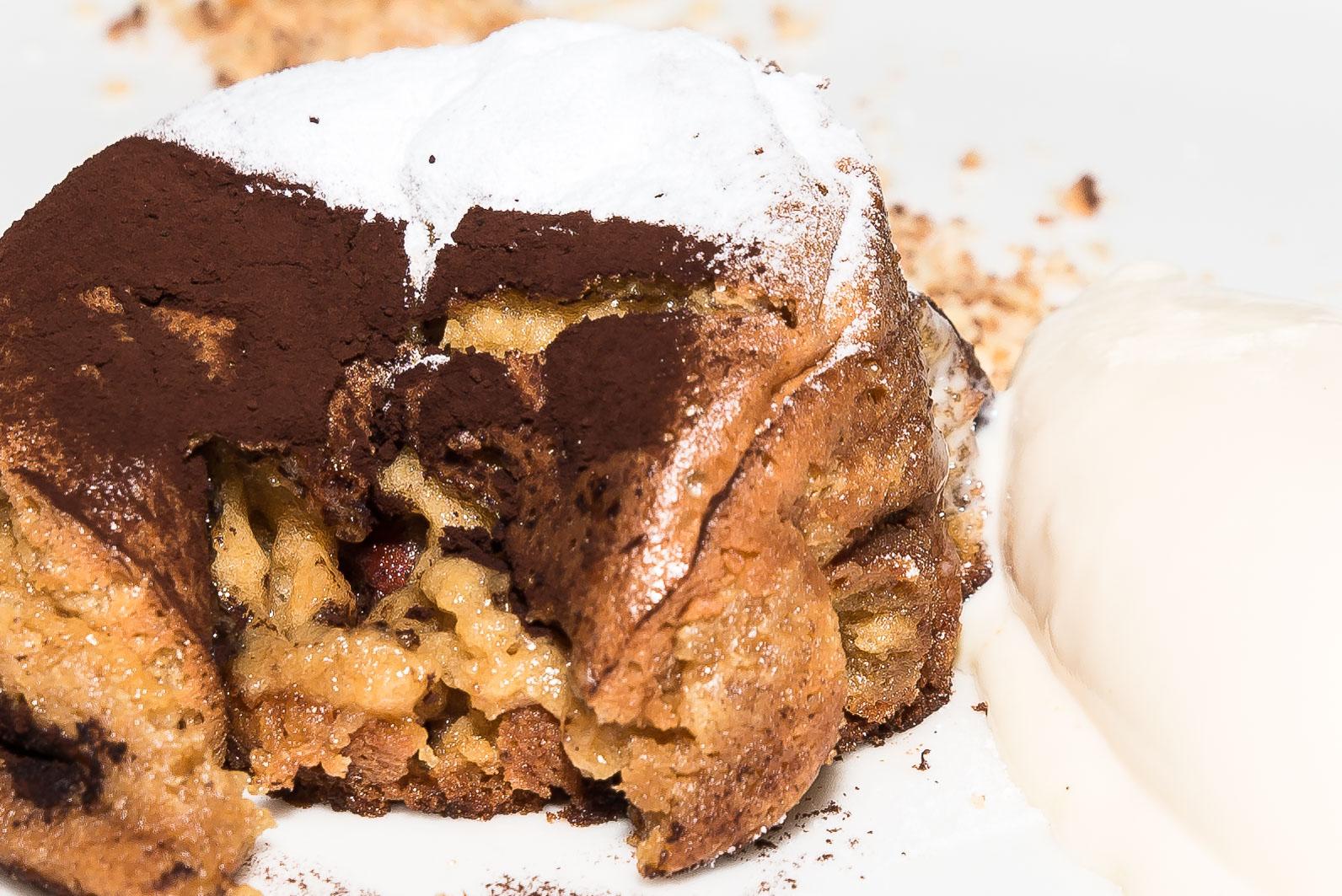 postre-templado-de-leche-cacao-avellanas-y-azucar-1